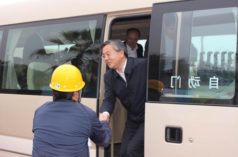 南宁市市长亲临我公司视察项目进展情况